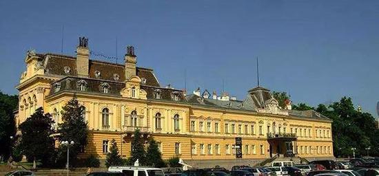 保加利亚国家美术馆